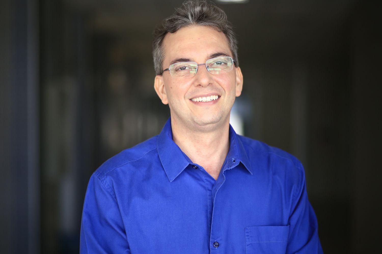 """Professor Daniel Pereira da Silva: """"É a felicidade de ver um fruto se transformando em multiplicador"""" (Fotos: Dayanne Carvalho - Ascom/UFS)"""